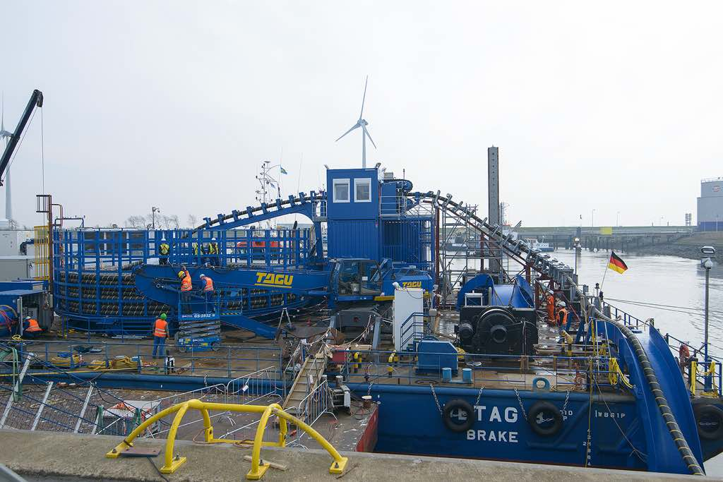 Offshore Turntable 4
